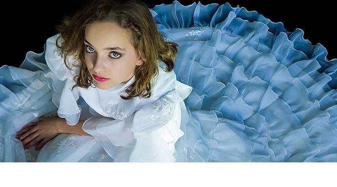 """Foto """"Dress"""" in Top 25% bij fotowedstrijd Photocrowd"""